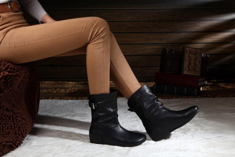 Черевики в соннику: що означає бачити чорну взуття, що віщує жінці нова пара в магазині