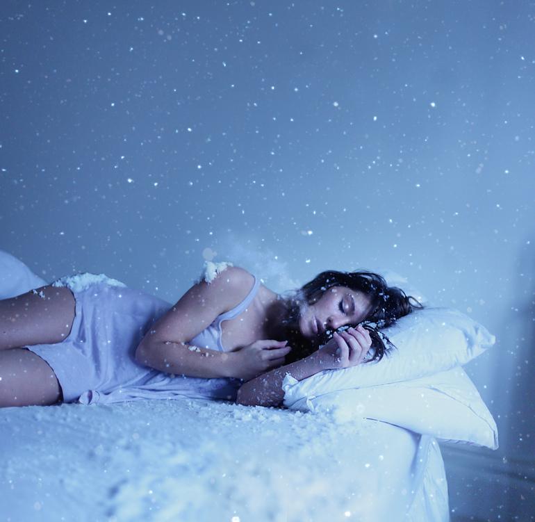 До чого хлопцеві сниться незнайома дівчина: тлумачення за різними сонникам, значення сну
