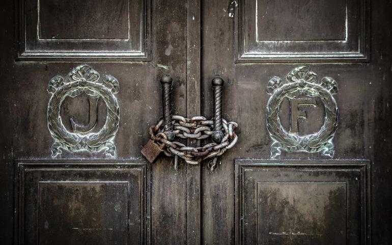 До чого може приснитися навісний або дверний замок: тлумачення сну в старих і сучасних сонники