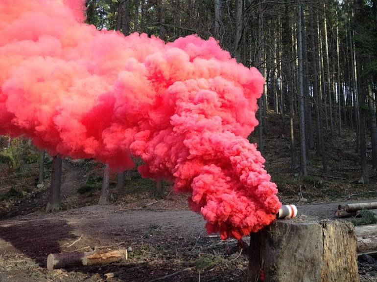 До чого сниться дим: білий або сірий, червоний або чорний, багато диму при пожежі