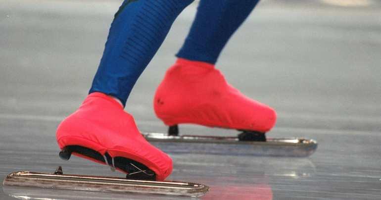 До чого сниться кататися на ковзанах: тлумачення по сонникам, якщо приснився лід і каток