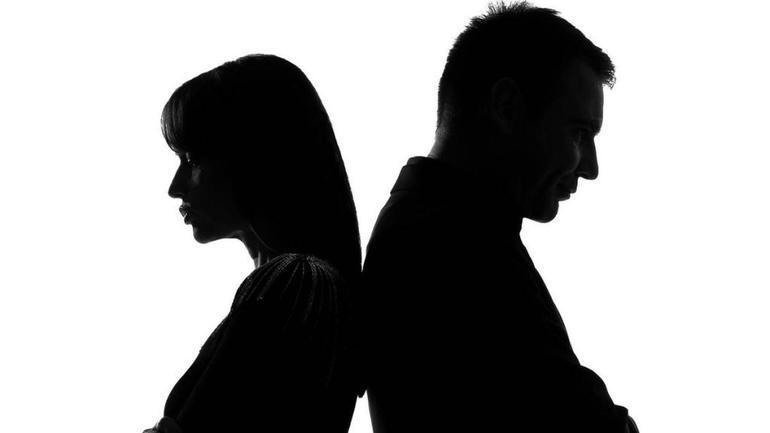До чого сниться колишня дружина: тлумачення снів по сонникам, сюжети зі скандалом та її новим чоловіком