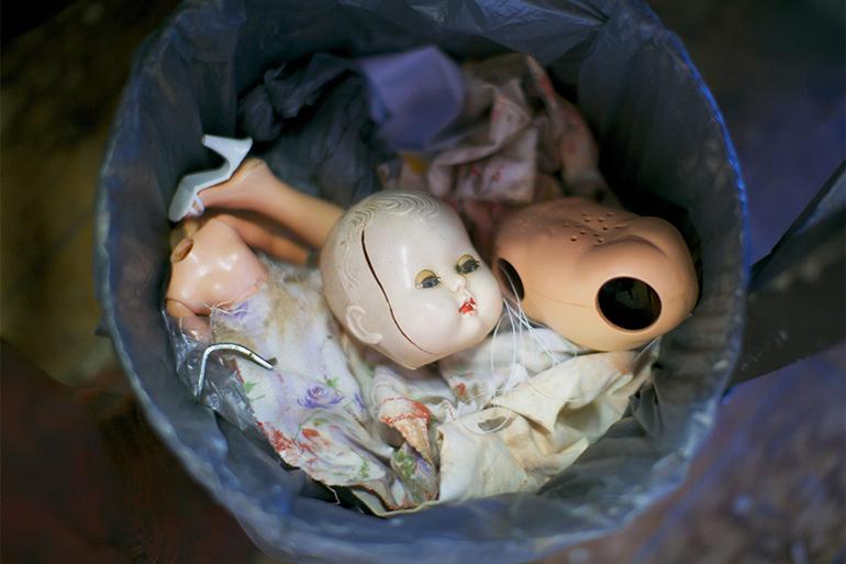 До чого сниться лялька: фарфоровий, вуду, трактування снів з найпопулярніших сонників Ванги і Міллера