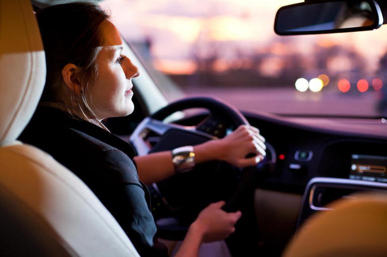 До чого сниться нова машина: купити або вкрасти авто, що обіцяє червона іномарка по соннику