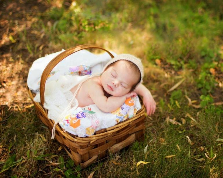 До чого сниться новонароджена дитина: тлумачення сну про дитинку сониками, бачити дівчинку або хлопчика
