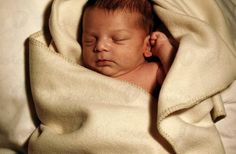 До чого сниться новонароджене немовля дівчинка: що означає побачити в сні свого дитини