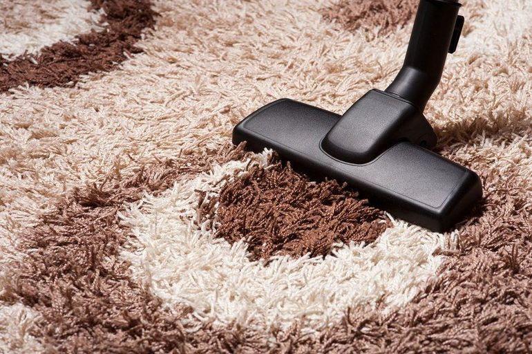 До чого сниться пилососити уві сні килим: варіанти інтерпретації в різних сонники, думку Міллера