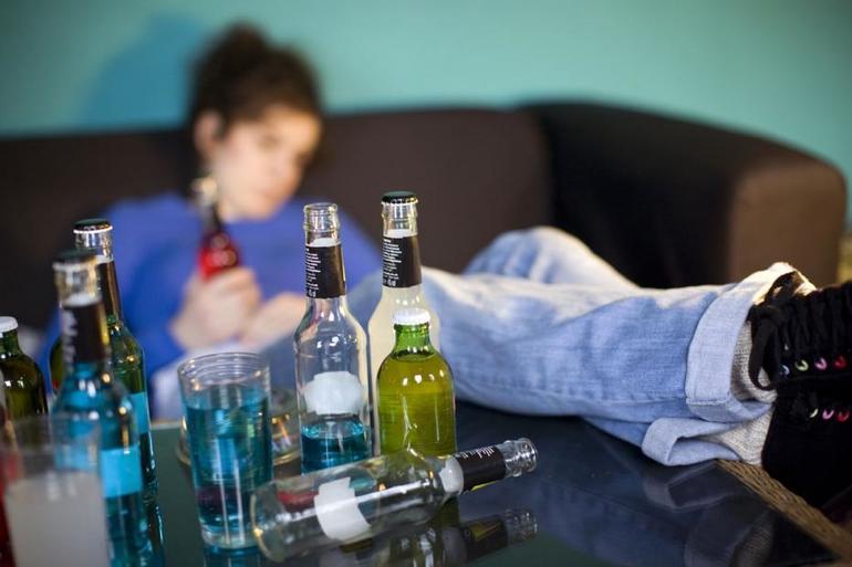 До чого сниться повішений чоловік: особливості сну, значення для жінки, чоловіка або дитини в залежності від ситуації