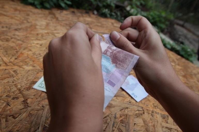 До чого сниться рахувати гроші: значення види паперових купюр або монет, їх суми, деталей підрахунку уві сні