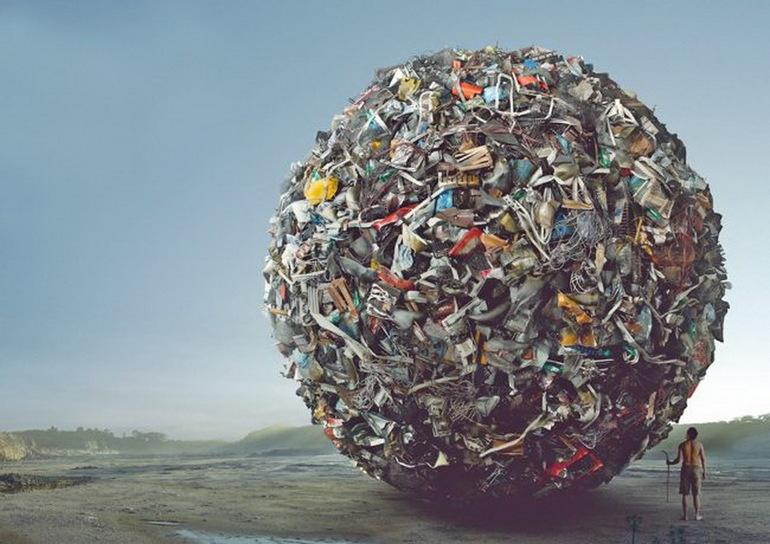 До чого сниться сміття: значення снів, в яких довелося викидати відходи з будинку на смітник, копатися в помойном відрі