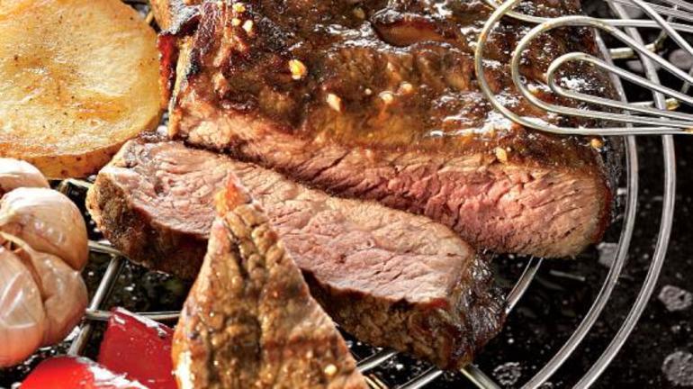 До чого сниться смажене м'ясо: тлумачення жаркого на сковороді по соннику для жінок і чоловіків