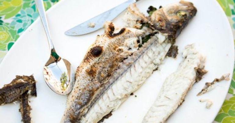 До чого сниться варена риба: бачити, є, варити рибні страви уві сні