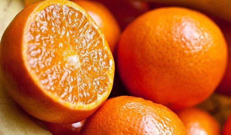 До чого сняться апельсини: тлумачення для чоловіків і жінок, купувати фрукти або зривати плоди з дерева