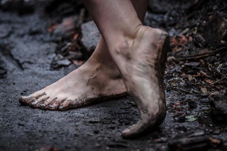 До чого сняться брудні босі ноги і ступні: тлумачення за сучасними сонникам