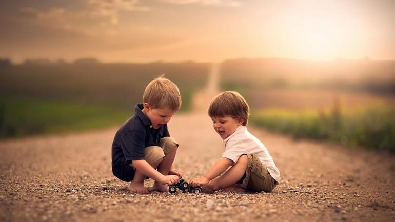 До чого сняться чужі маленькі діти: хлопчики або дівчатка, мертві чи живі