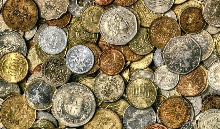 До чого сняться монети: знайти колекційні, металеві, рідкісні та незвичайні гроші