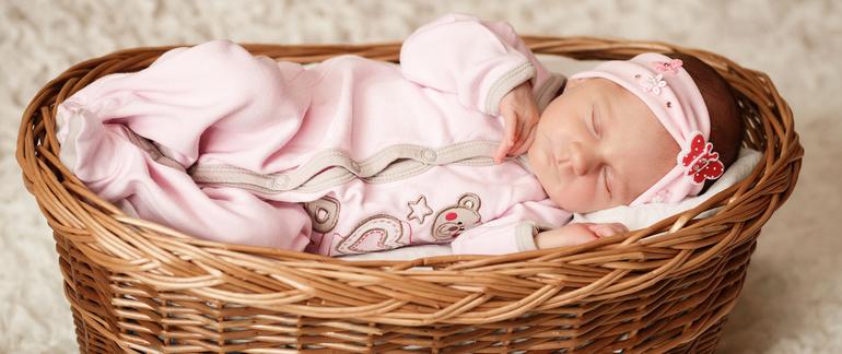 До чого сняться немовлята: розшифровка нічних видінь про хлопчиків і дівчаток