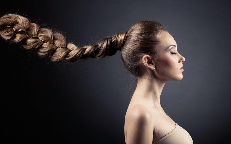 Коса по соннику: колір волосся на голові, дії з зачіскою, що означає довга косичка