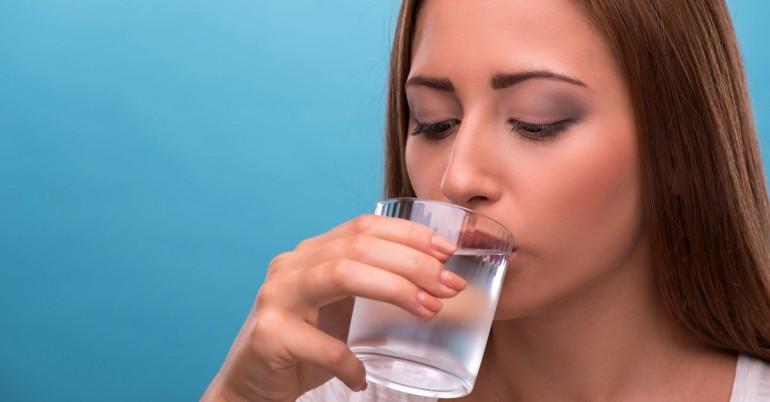 Пити воду уві сні: що значить угамування спраги чистого і каламутного джерела, розшифровка по соннику