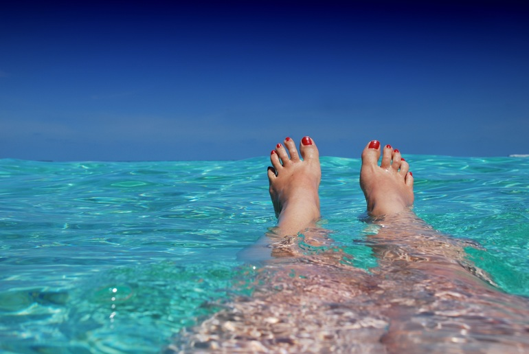 Плавати в морі по соннику: до чого сниться підкорювати хвилі на кораблі, плоту або катері