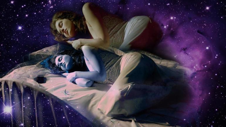 Побачити у своєму сні інший сон: до чого сниться різним сонникам, і що значить таке бачення