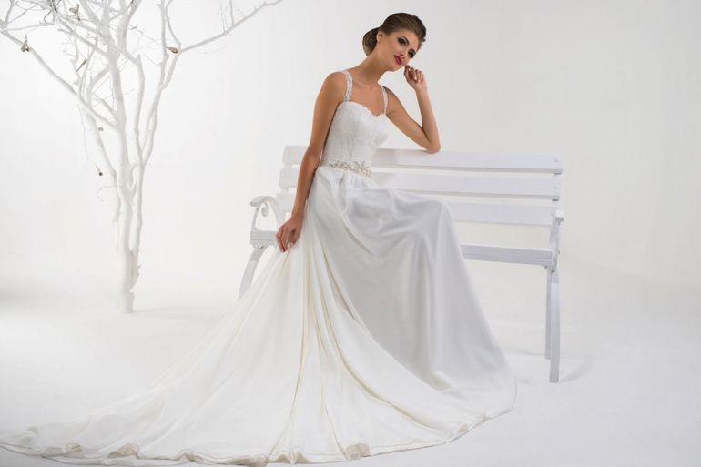 Сонник плаття: до чого сниться купівля та примірка нових, красивих нарядів
