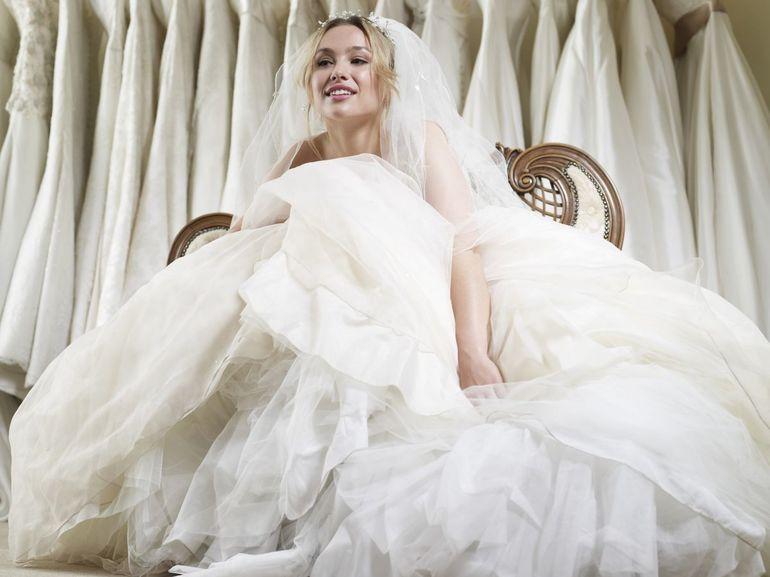 Тлумачення по сонникам, якщо довелося збиратися на весілля у сні: значення зборів на одруження