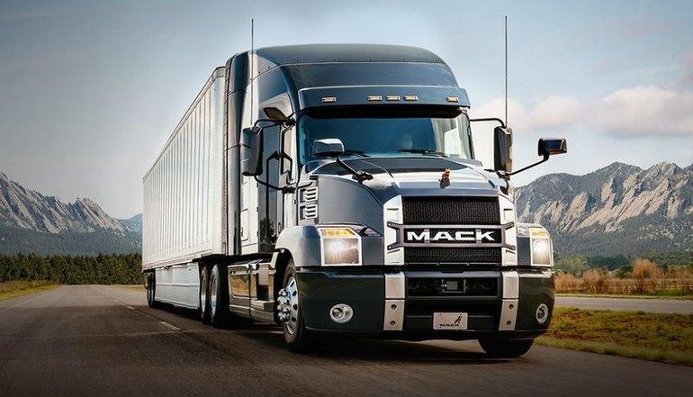 Тлумачення сонника: до чого сниться великий вантажівка, колір і наповнення вантажного автомобіля, дії уві сні