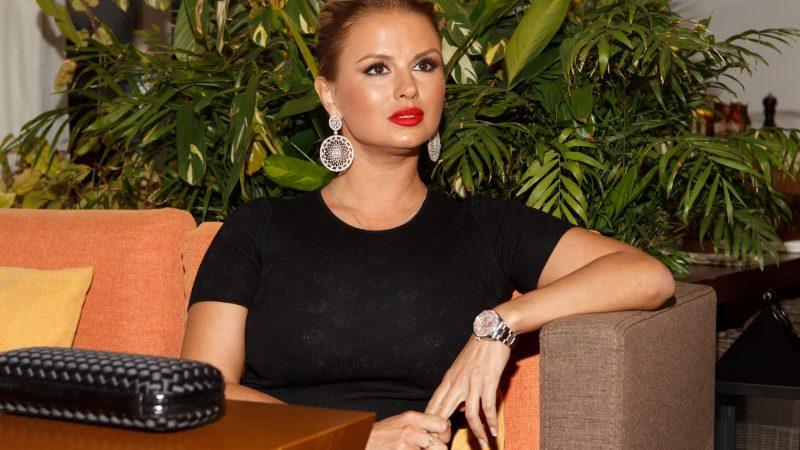 В день всіх закоханих, зірки російського шоу-бізнесу розповіли про своє перше кохання.