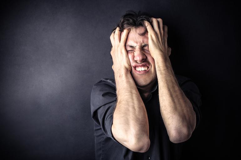 Втратити сережку у сні: особливості тлумачення за сонником, що означає знайти загублену річ