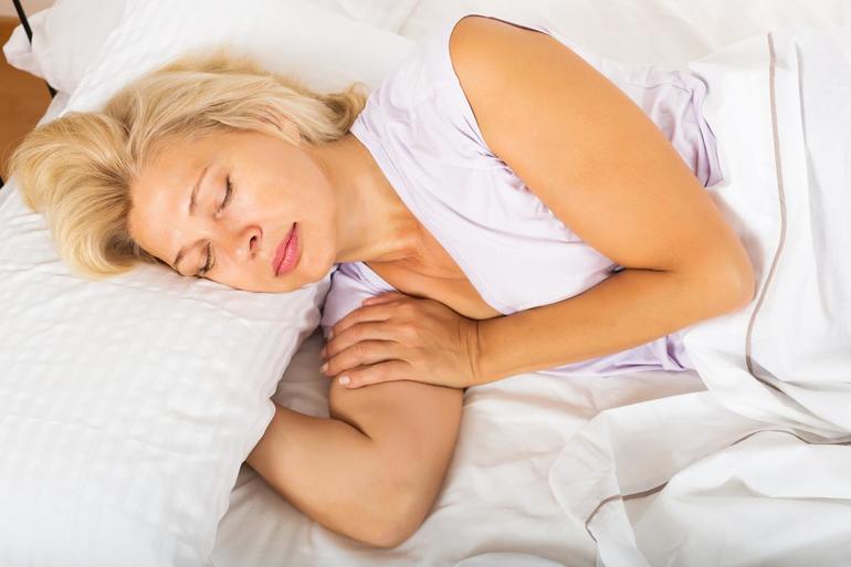 Жінці сниться викидень: значення втрати дитини уві сні для дівчини