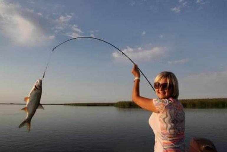 Зловити велику рибу у сні: тлумачення по сонникам для жінок і чоловіків